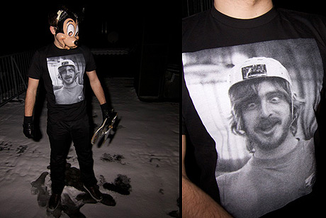 Realistic portrait T-Shirts