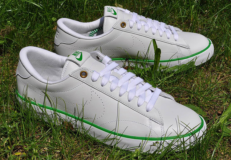 Nike Tennis Classic AC LTR
