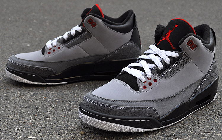 AIR Jordan 3 Retro Stealth bei glOry hOle
