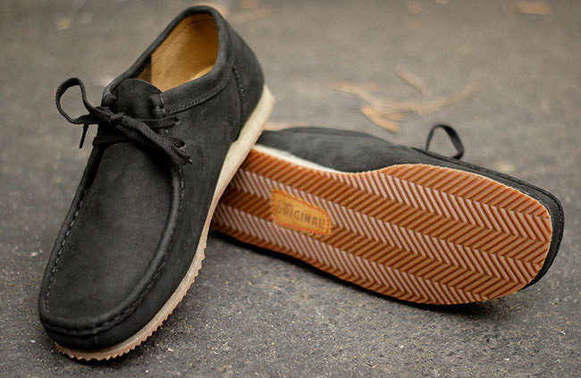 "Clarks Wallabee Run ""Black Nubuk"""